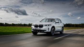 Roadshow BMW iX3. Umów jazdę próbną.