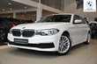 BMW Serii 5 Limuzyna 518d Biały używany Lewy przód