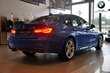 BMW Serii 3 Limuzyna 330i Niebieski używany Wnętrze