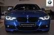 BMW Serii 3 Limuzyna 330i Niebieski używany Prawy tył