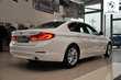 BMW Serii 5 Limuzyna 518d Luxury Line Biały używany Wnętrze