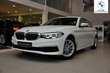 BMW Serii 5 Limuzyna 518d Luxury Line Biały używany Lewy przód