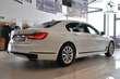 BMW Serii 7 740Li xDrive Biały używany Wnętrze