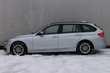 BMW Serii 3 Touring 318d Srebrny używany Bok
