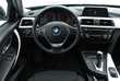BMW Serii 3 Touring 318d Srebrny używany Deska rozdzielcza