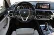 BMW Serii 5 Limuzyna 520d xDrive Biały używany Deska rozdzielcza